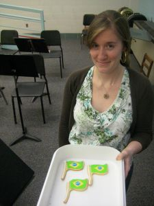 Grad student Erin Alderson wins the Betty Crocker award for her Brazilian flag cookies